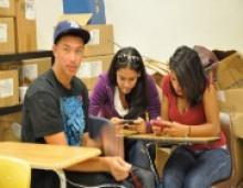 Surprisingly, Texting Boosts Students' Spelling, Grammar Skills