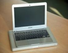 Chromebooks Are 'Schooling' iPads in Education: Here's Why