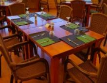 Study Finds Family Dinners Help Kids Cope with Cyberbullying