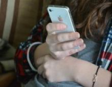 High Schoolers Grow Wiser About What They Put Online